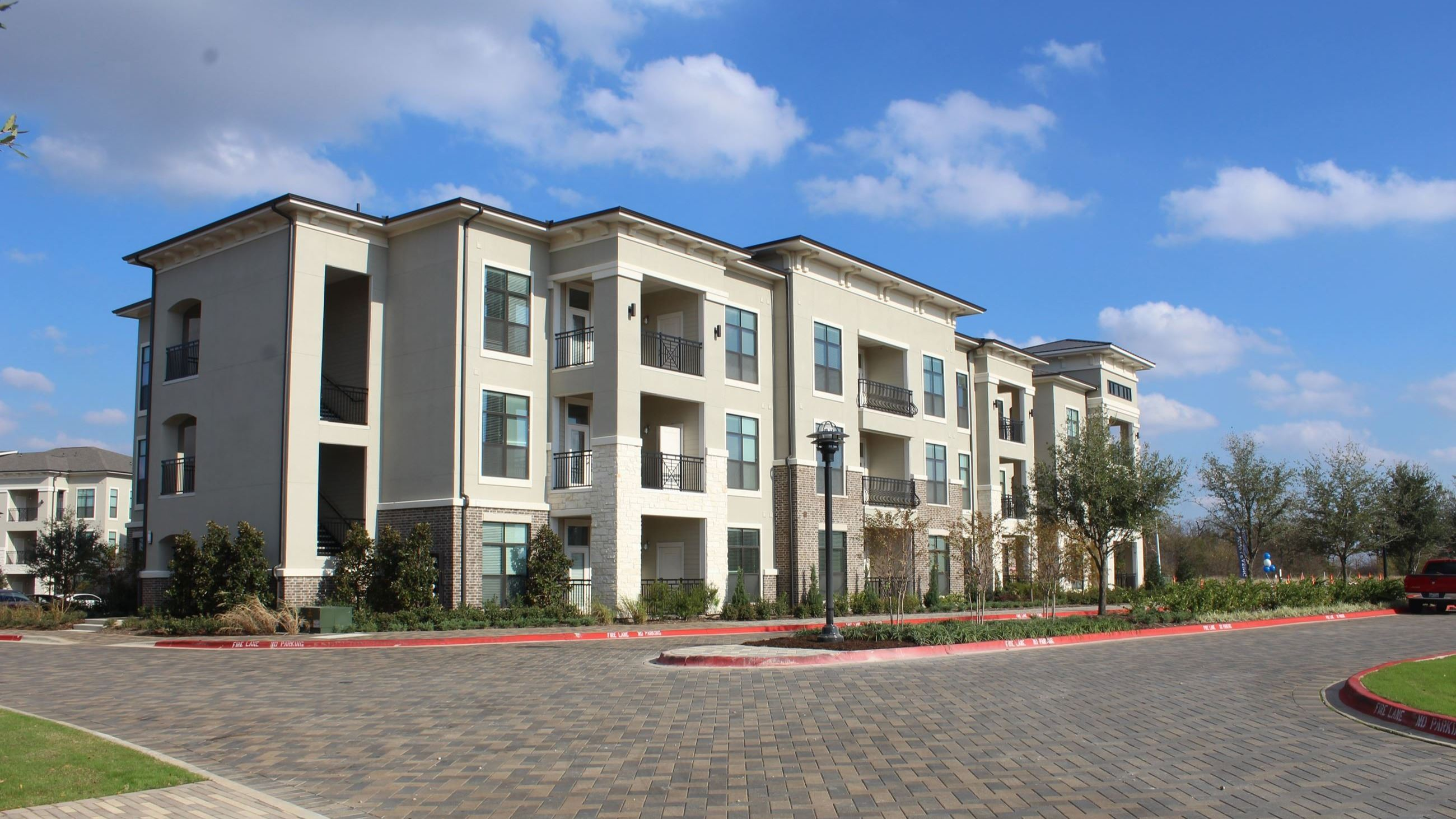 Apartment building in Garland