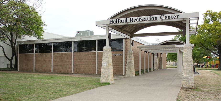 Holford Recreation Center exterior of building